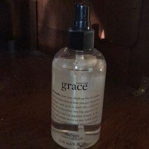 Philosophy Amazing Grace body spray - 8 oz